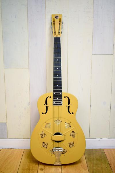 https://www.wunjoguitars.com/https://www.wunjoguitars.com/images_CMS/products/425/1508418162_medium_52847.jpg